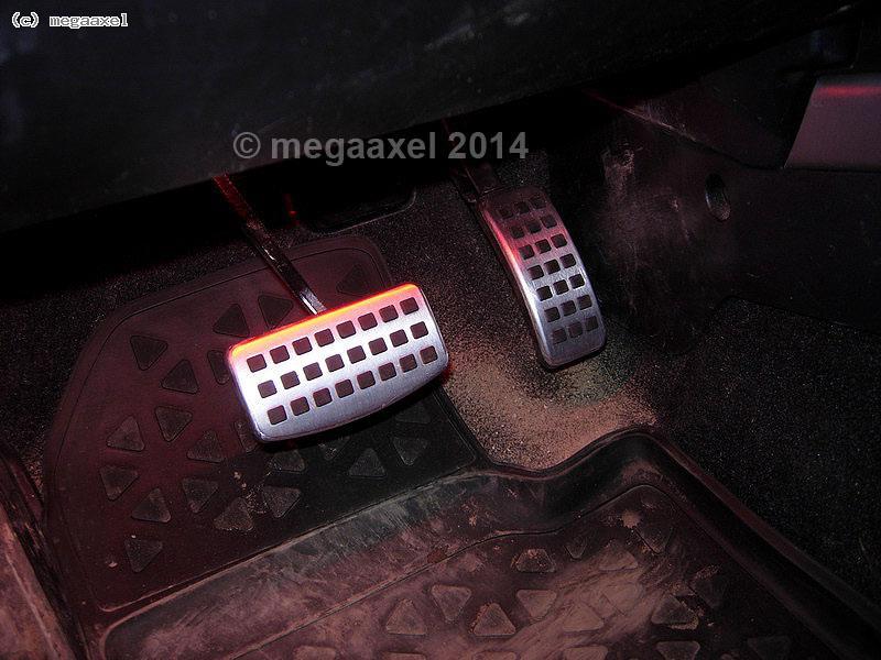 alloy_pedal_set_02.jpg