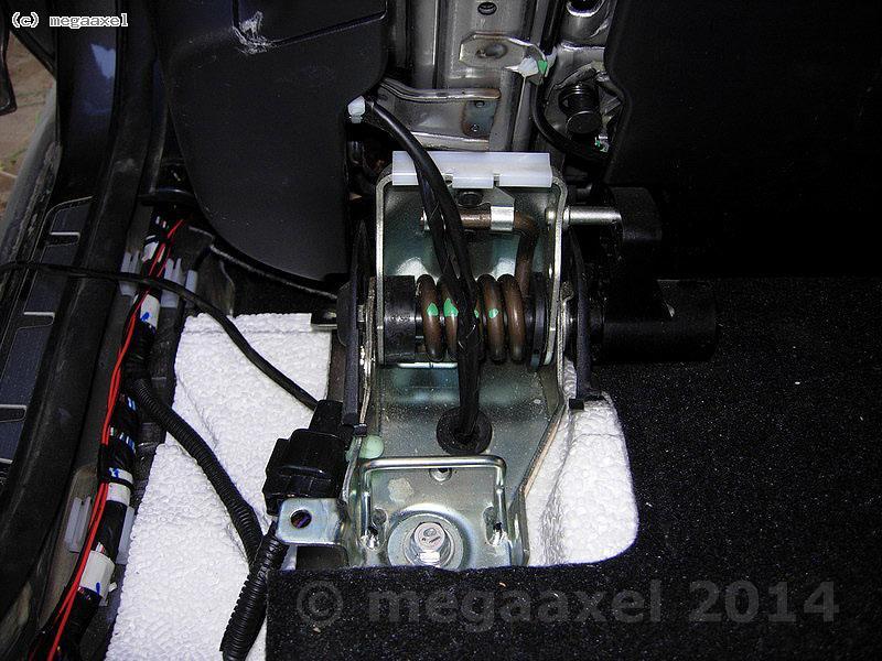 rear_seat_heating_36.jpg